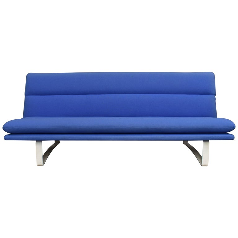 Kho Liang Ie C684 Three-Seat Sofa for Artifort, Netherlands, circa 1968 For Sale