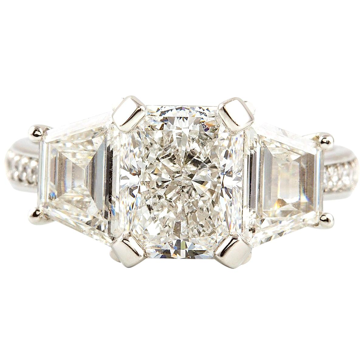 Kian Design Platinum GIA Certified Radiant and Trapezoid 3.68 Carat Diamond Ring