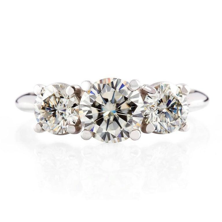 Round Cut Kian Design White Gold 2.00 Carat Three Stones Round Brilliant Trilogy Ring For Sale