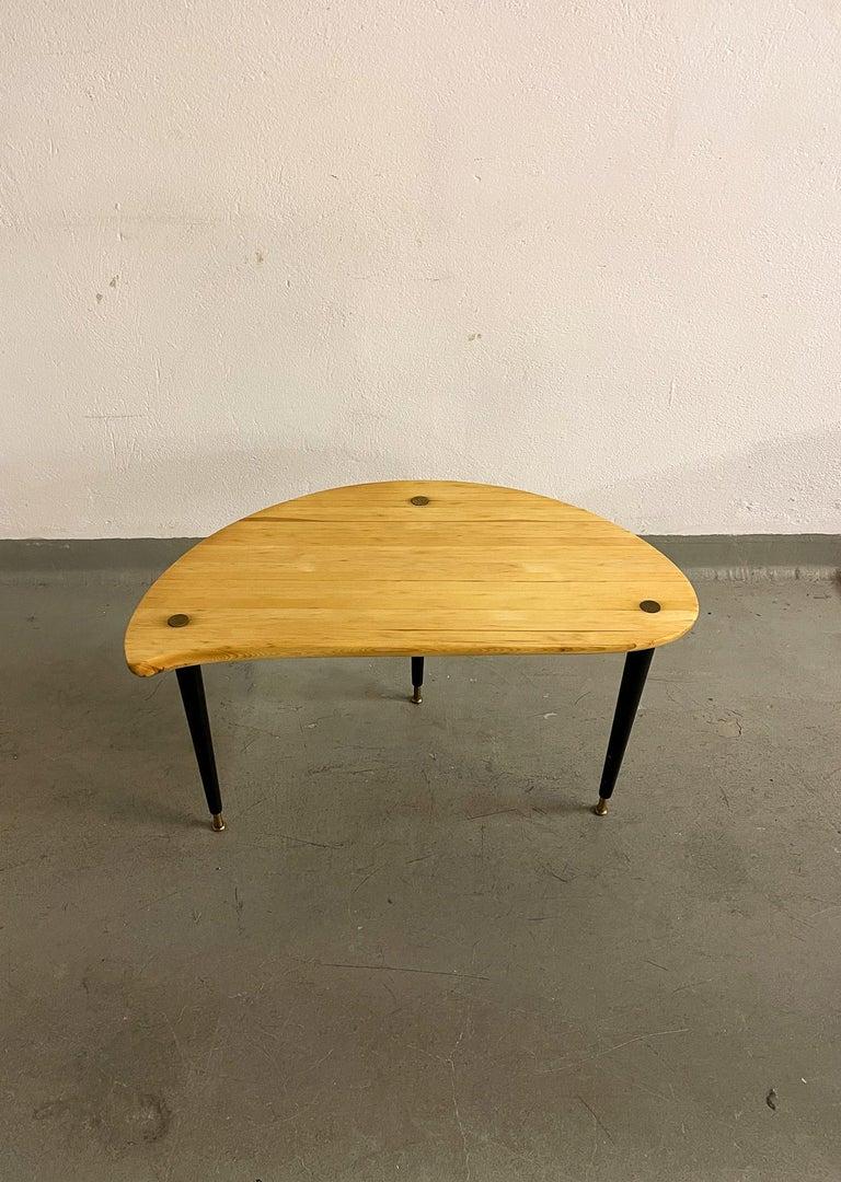 Kidney Shaped Side Table Produced by Svensk Fur, Sweden, 1970s For Sale 2