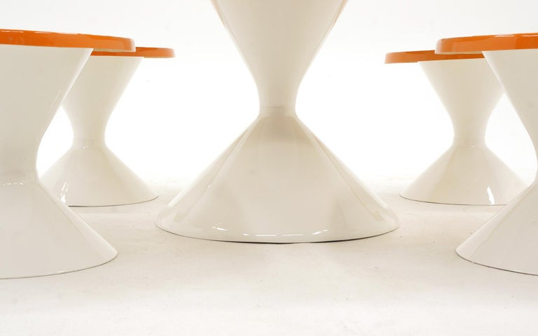Mid-20th Century Kids Outdoor Patio Table and Four Stools White and Orange Fiberglass For Sale