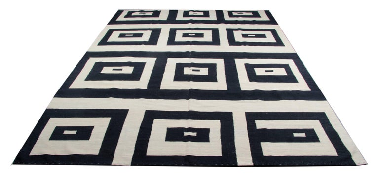 Kilim Rugs, Carpet from Afghanistan, Modern Striped Kilim Rugs, In Excellent Condition For Sale In Hampshire, SO51 8BY