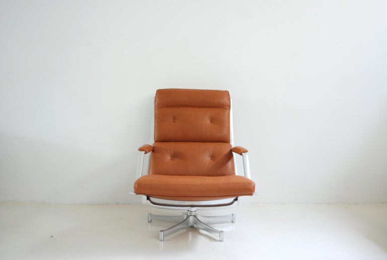 Kill International FK 85 Lounge Chair Cognac Natural by Kastholm & Fabricius In Excellent Condition For Sale In Munich, Bavaria