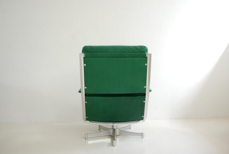 Kill International FK 85 Lounge Chair Green by Kastholm & Fabricius Kelly green For Sale 3