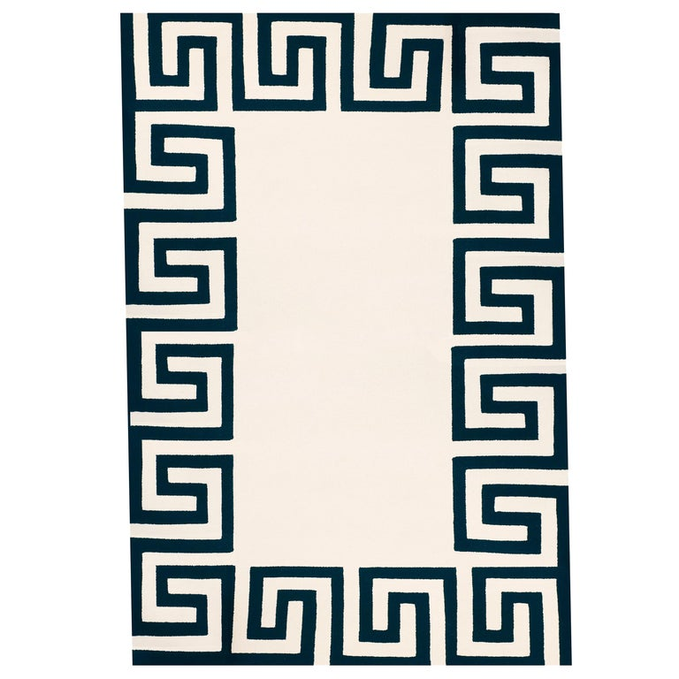 Kilombo Home 21st Century Hand Tufted Wool Rug Made in Spain White & Navy Blue For Sale