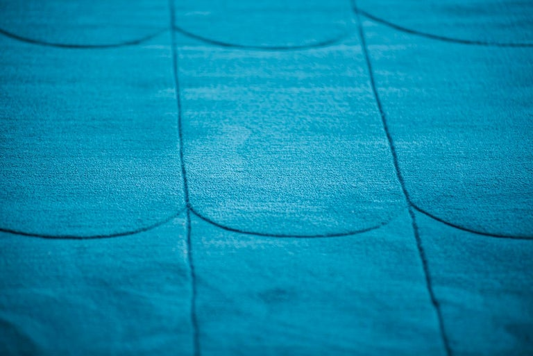 Modern Kilombo Home 21st Century Handtufted Wool Rug Made in Spain Blue Waves For Sale