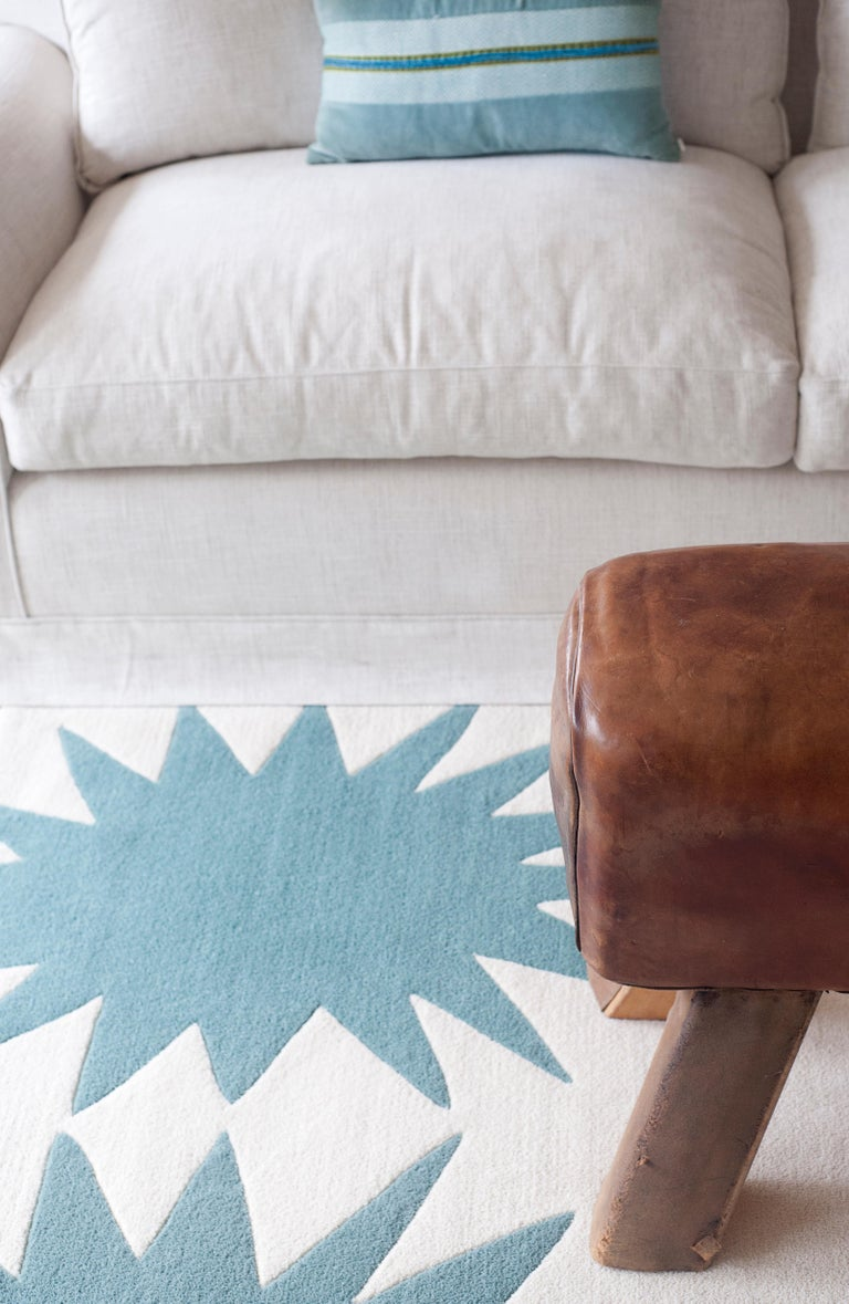 Spanish Kilombo Home 21st Century Handtufted Wool Rug Made in Spain Turquoise&White Star For Sale