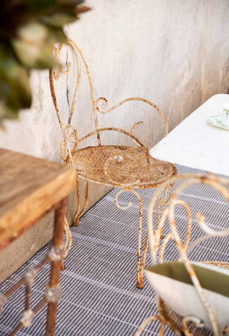 Indian Kilombo Home 21st Century Handwoven Polypropylene Outdoor Rug Bambu Grey For Sale