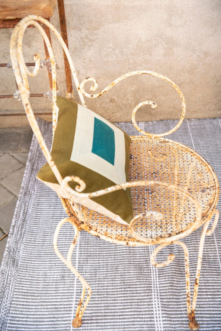 Kilombo Home 21st Century Handwoven Polypropylene Outdoor Rug Bambu Grey For Sale 2