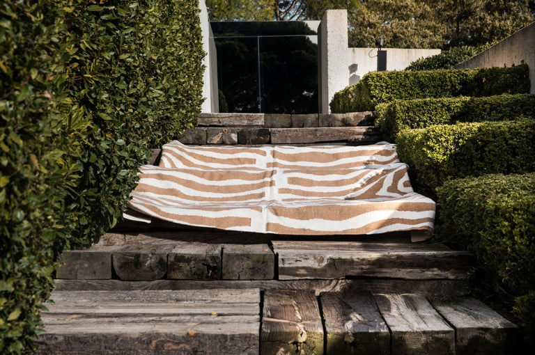 Modern Kilombo Home 21st Century Handwoven Polypropylene Outdoor Rug Sauvage Brown For Sale