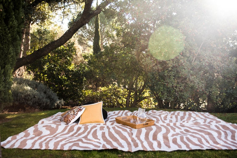 Kilombo Home 21st Century Handwoven Polypropylene Outdoor Rug Sauvage Brown In New Condition For Sale In Madrid, ES