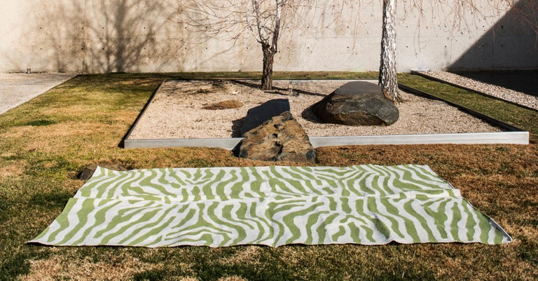Indian Kilombo Home 21st Century Handwoven Polypropylene Outdoor Rug Sauvage Green For Sale