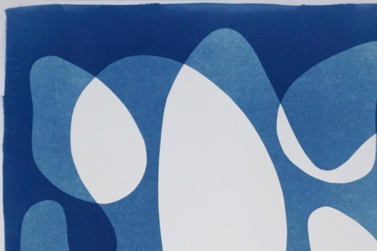 Flowing Curved Shapes, Modern Mid-Century Print on Paper, Blues, Neutral Tones For Sale 3