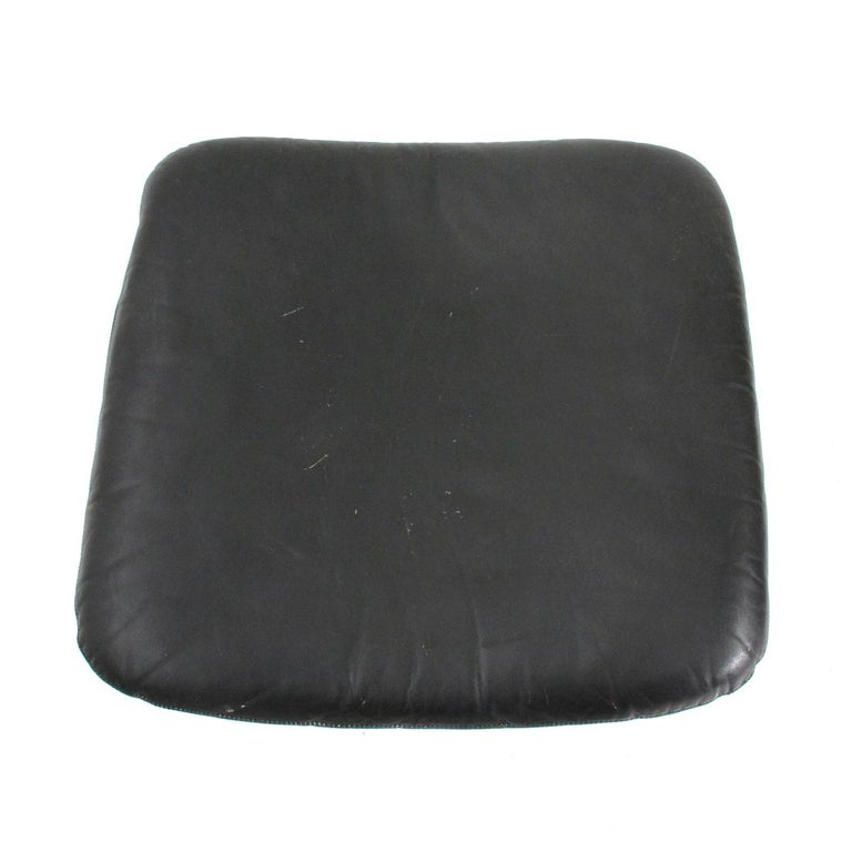 'King' Armchair with Ottoman in Black Leather by André Vandenbeuck for Strässle For Sale 1