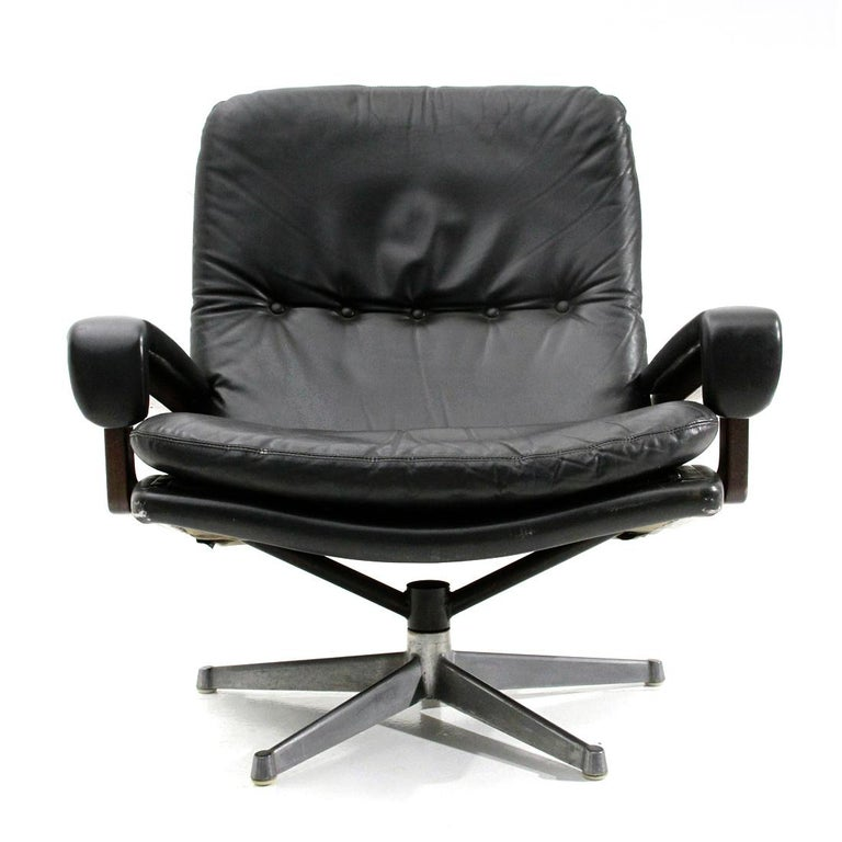 'King' Armchair with Ottoman in Black Leather by André Vandenbeuck for Strässle For Sale 2