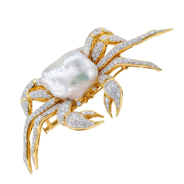 Round Cut King Crab Diamond Freshwater Pearl Gold Brooch Pendant For Sale