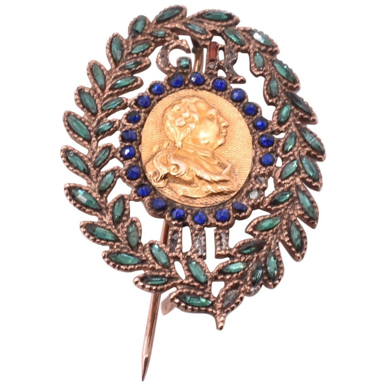 King George III Vauxhall Glass Commemorative Brooch For Sale