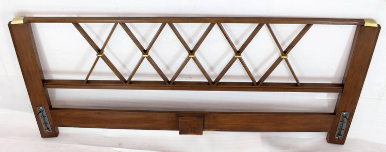 King-Size Headboard Bed 'X' Pattern Walnut and Brass For Sale 3