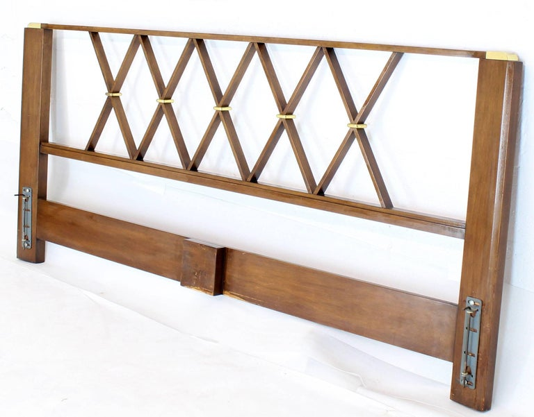 King-Size Headboard Bed 'X' Pattern Walnut and Brass For Sale 4