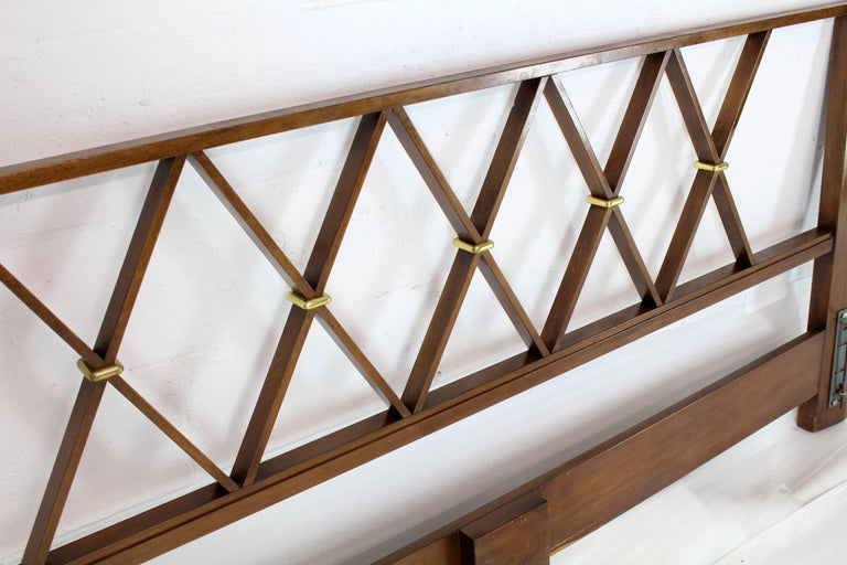 Lacquered King-Size Headboard Bed 'X' Pattern Walnut and Brass For Sale