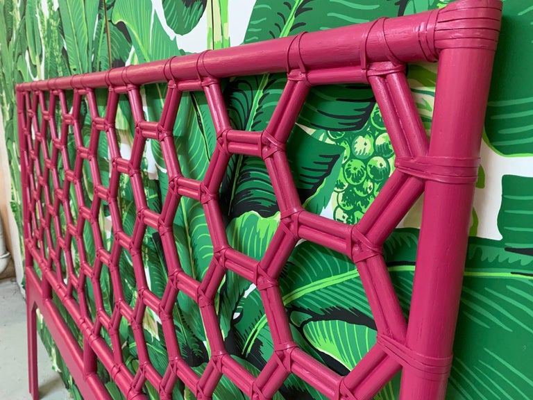 King Size Honeycomb Rattan Headboard In Good Condition In Jacksonville, FL