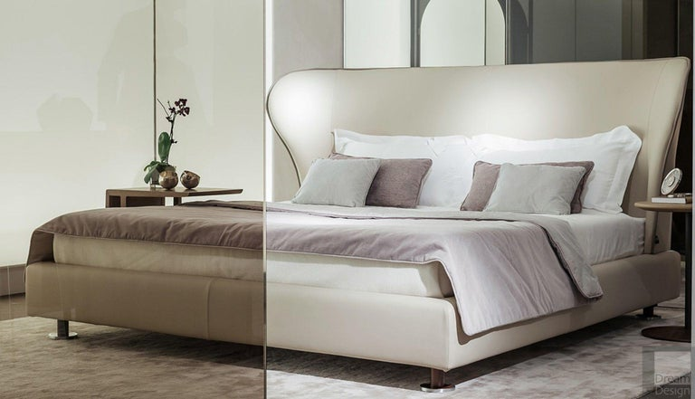 Italian King Size Rea Bed by Giorgetti For Sale