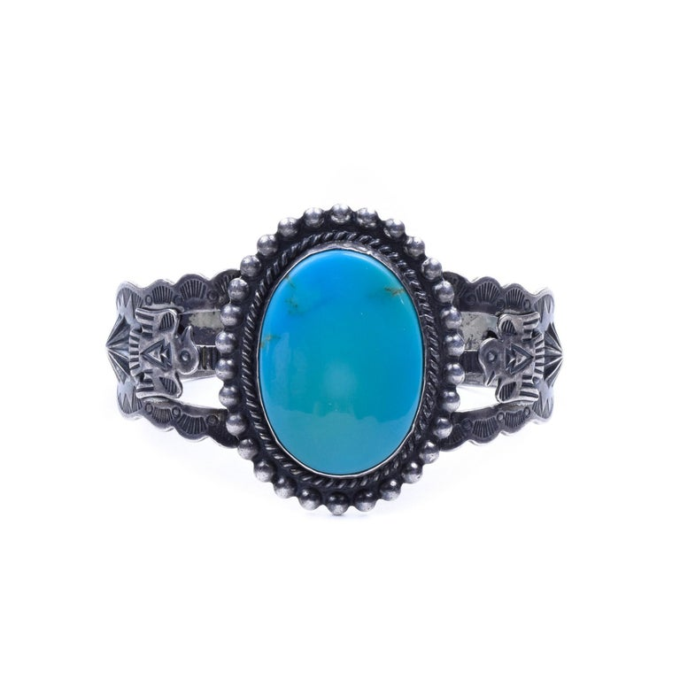 Kingman Turquoise Navajo Bracelet In Excellent Condition For Sale In Coeur d Alene, ID