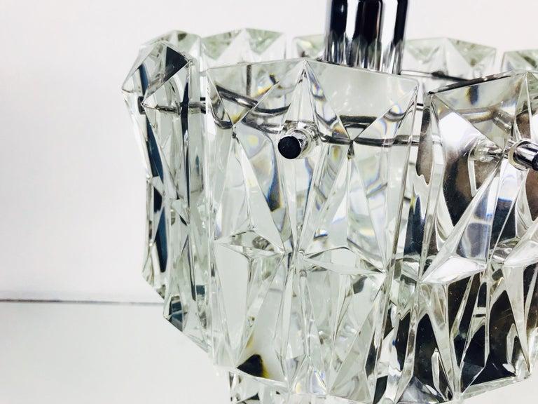 Kinkeldey Crystal Ice Glass Chandelier, circa 1960s For Sale 1