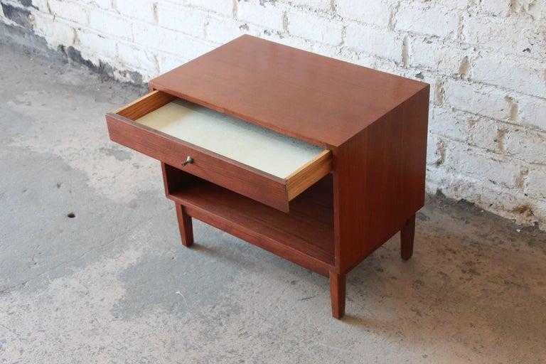 Mid-20th Century Kipp Stewart for Calvin Mid-Century Modern Walnut Nightstand, 1950s For Sale