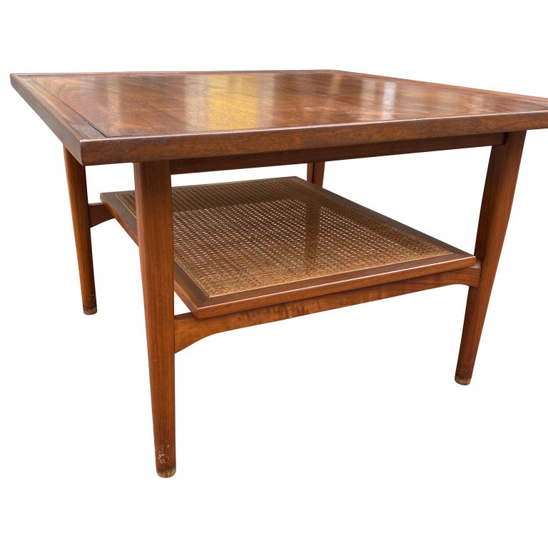 Kipp Stewart for Drexel Declaration Square Walnut Coffee Table Side Table In Good Condition For Sale In Haddonfield, NJ