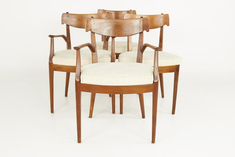 Kipp Stewart for Drexel Mid Century Walnut Dining Chairs - Set of 6 In Good Condition For Sale In La Grange, IL