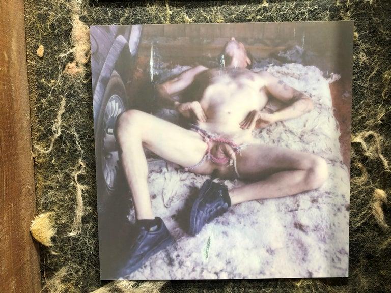 I wanna be sedated - Contemporary, Nude, men, Polaroid, 21st Century - Photograph by Kirsten Thys van den Audenaerde