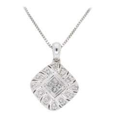 Kite Set Diamond Pedant Necklace