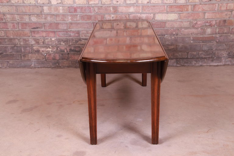 Kittinger American Colonial Mahogany Drop-Leaf Coffee Table For Sale 8