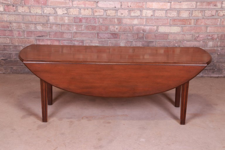 Kittinger American Colonial Mahogany Drop-Leaf Coffee Table For Sale 3