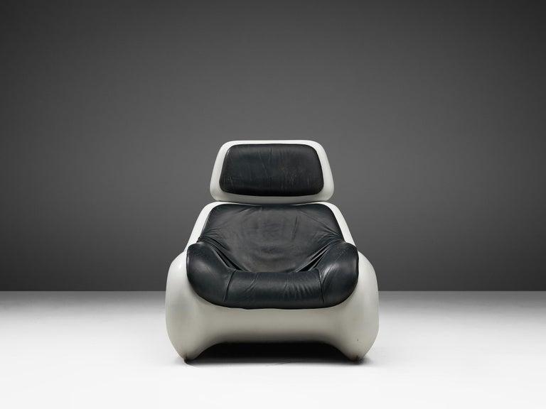 Klaus Uredat Sculptural 'Targa' Lounge Chair In Good Condition For Sale In Waalwijk, NL