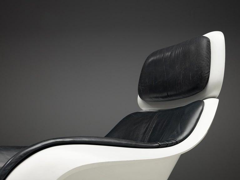 Late 20th Century Klaus Uredat Sculptural 'Targa' Lounge Chair For Sale