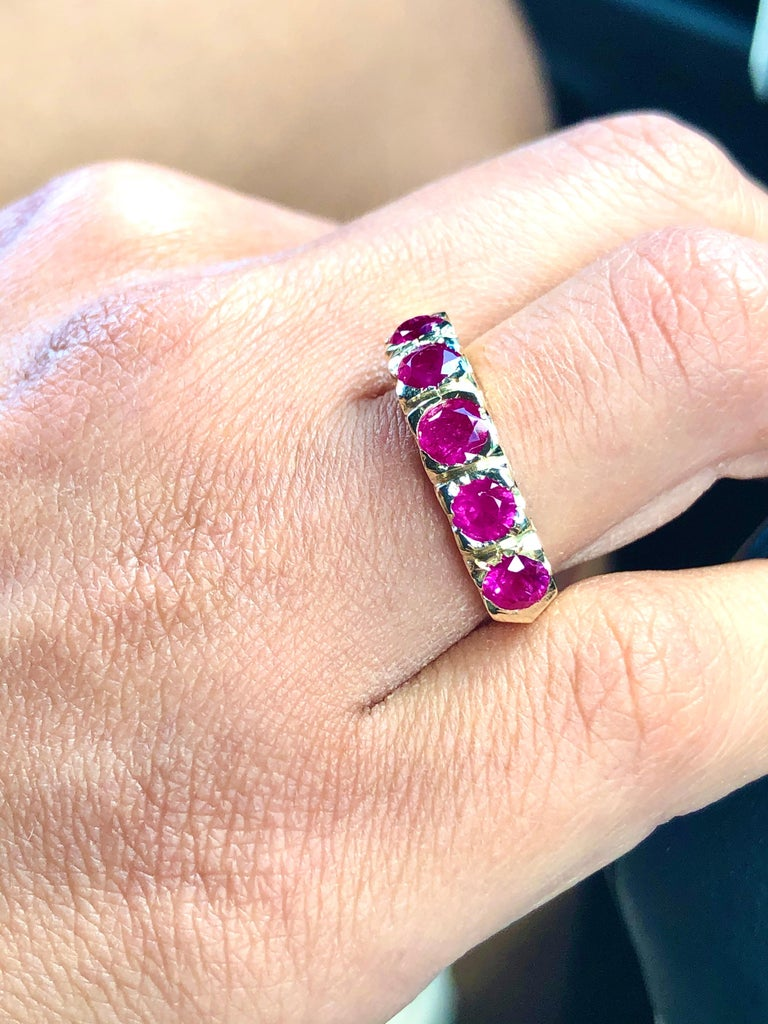 Knife Edge 1.90 Carat Ruby Fishtail Mounting Anniversary Five Stone Ring For Sale 7