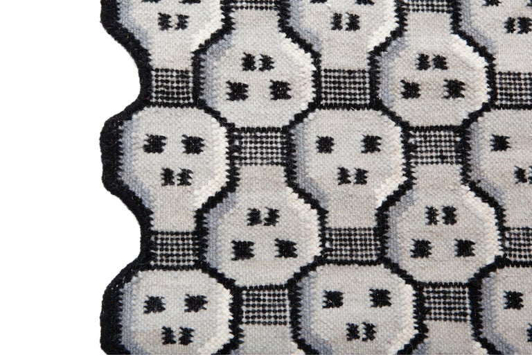 Modern Knock Out Carpet, Handwoven in Wool, 100 Knots, Giulio Iacchetti For Sale