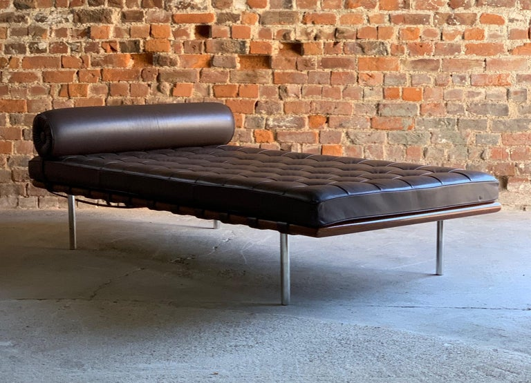 Knoll Barcelona Couch Daybed Leather Mies Van Der Rohe Signed, circa 1996 4