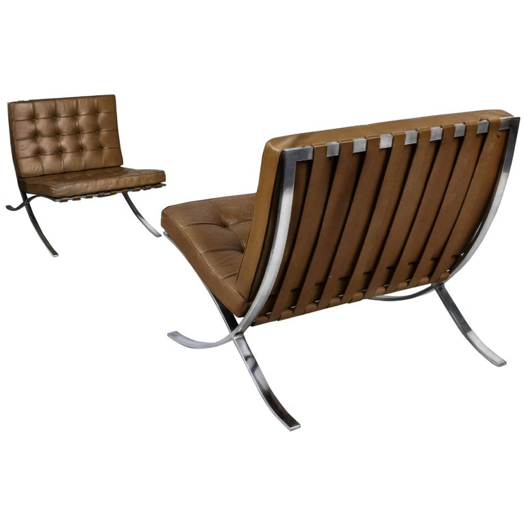 Knoll Barcelona Lounge Chair, Chestnut, Stainless Steel, Mies van der Rohe, 1961 For Sale