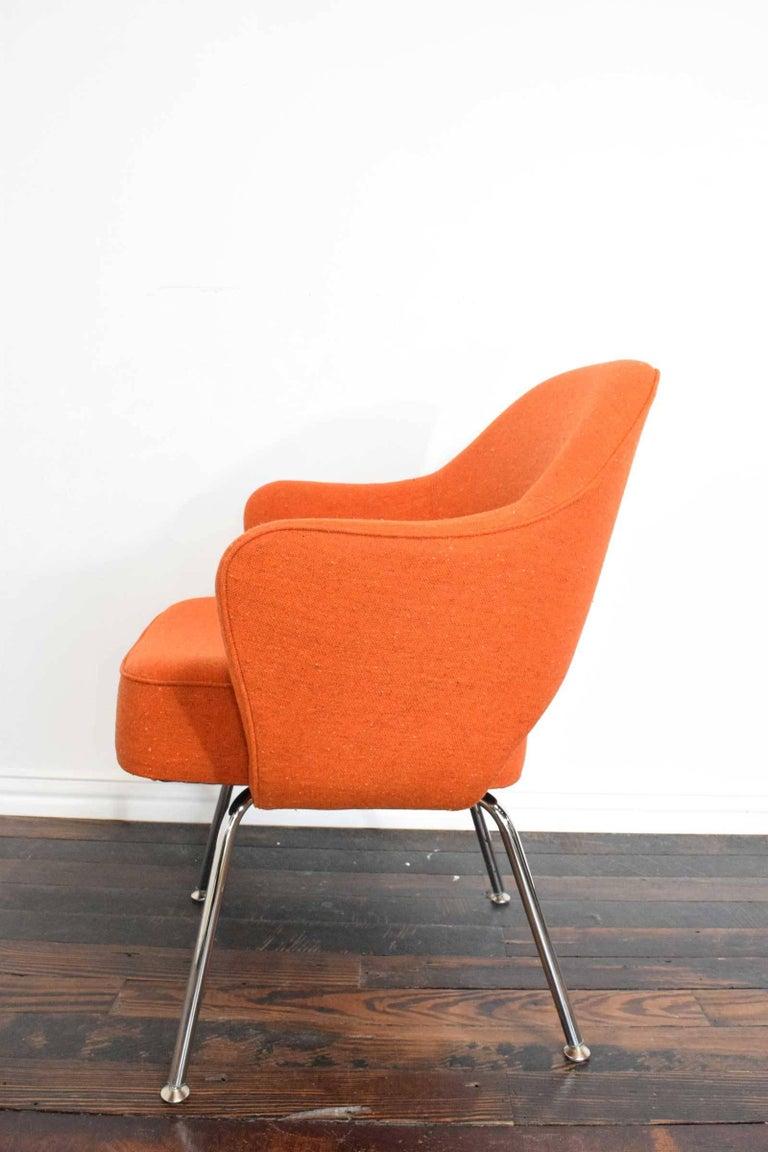 Mid-Century Modern Knoll Eero Saarinen Executive Armchair For Sale