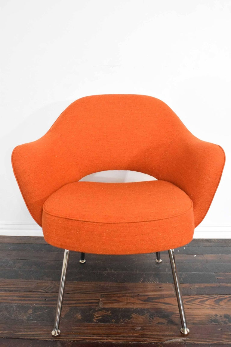 Metal Knoll Eero Saarinen Executive Armchair For Sale