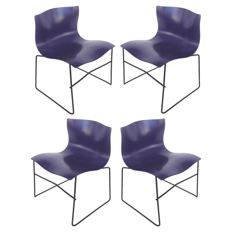 Knoll Ergonomic Handkerchief Chairs by Massimo and Lelia Vignelli, circa 1980s For Sale