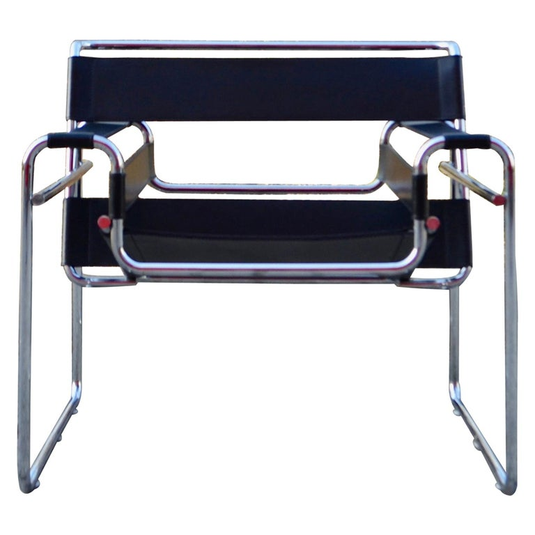 Knoll International Wassily Chair by Marcel Breuer Black Leather For Sale