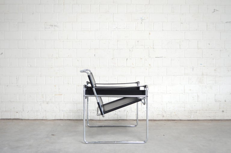 Knoll International Wassily Chair by Marcel Breuer For Sale 2