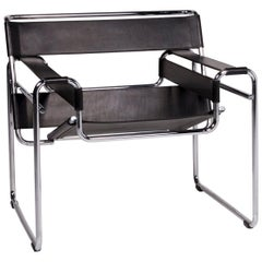 Knoll International Wassily Chair Leather Armchair Black Chair Marcel Breuer