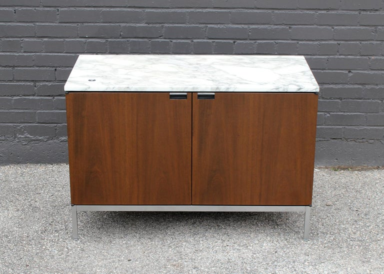 Mid-Century Modern Knoll Marble Top Credenza in Walnut and Calacatta Designed by Florence Knoll For Sale