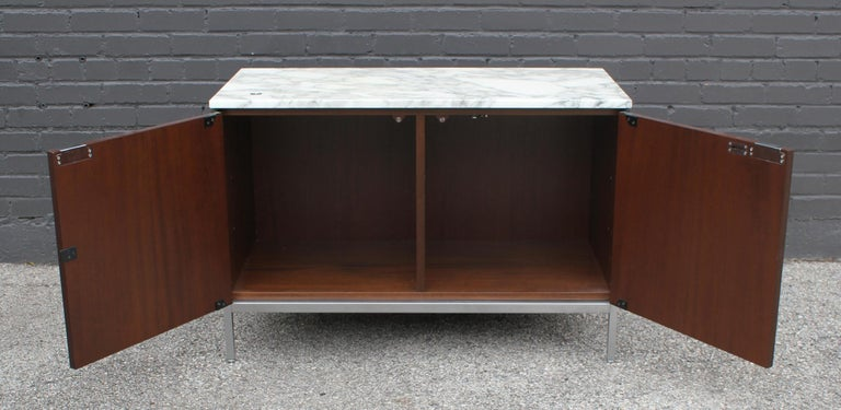Knoll Marble Top Credenza in Walnut and Calacatta Designed by Florence Knoll For Sale 1