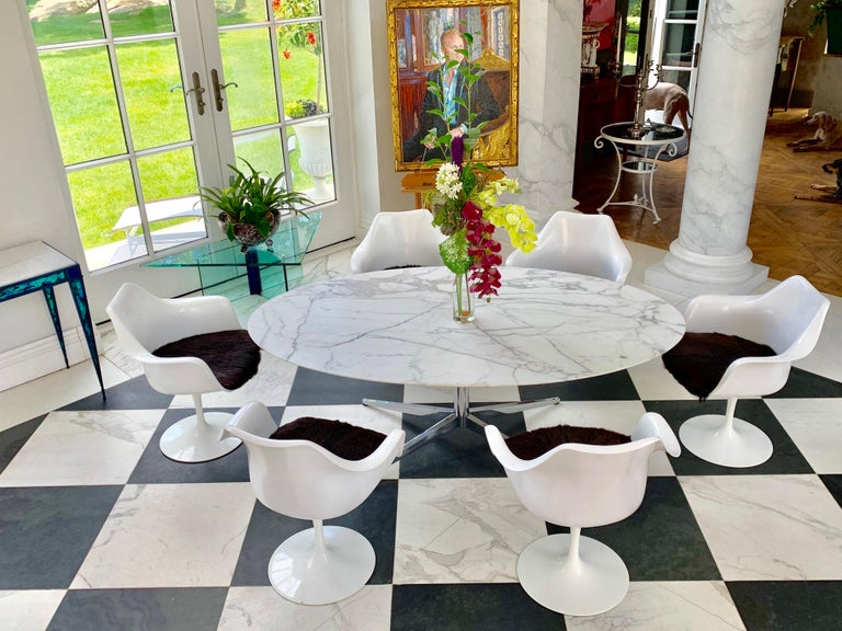 Mid-Century Modern Knoll Marble Top Oval Dining Table For Sale